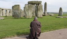 Mark Anstee draws Stonehenge 24th April