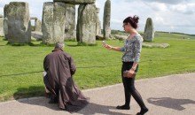 Mark Anstee drawing Stonehenge 19th May
