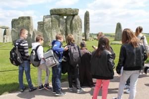 Stonehenge Artist and visitors